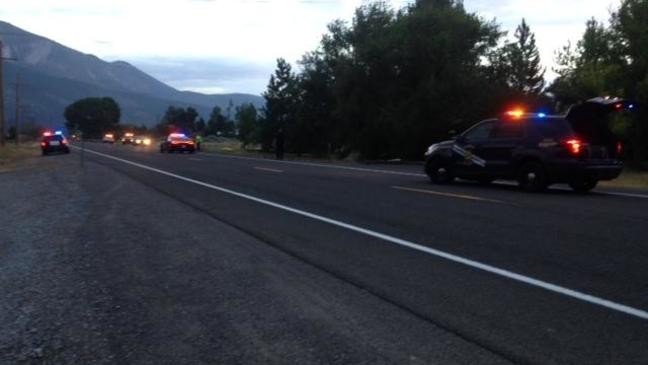 1 dead after single-vehicle rollover on Old Hwy  395 in