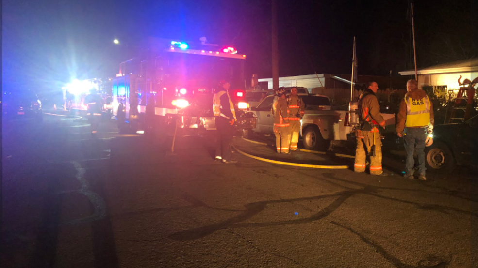 Structure fire with no reported injuries temporarily closes